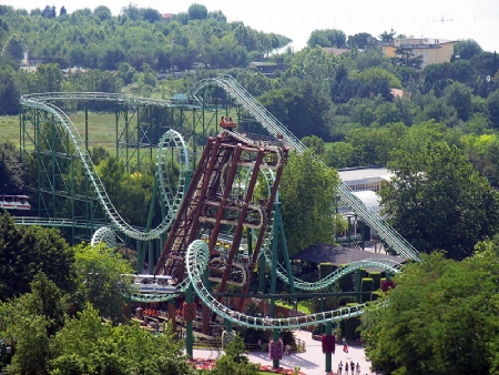 GARDALAND PARK AND GARDA LAKE